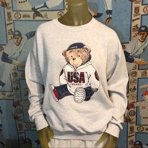 Vintage 90's USA Sport Bear 🐻 Sweatshirt XL